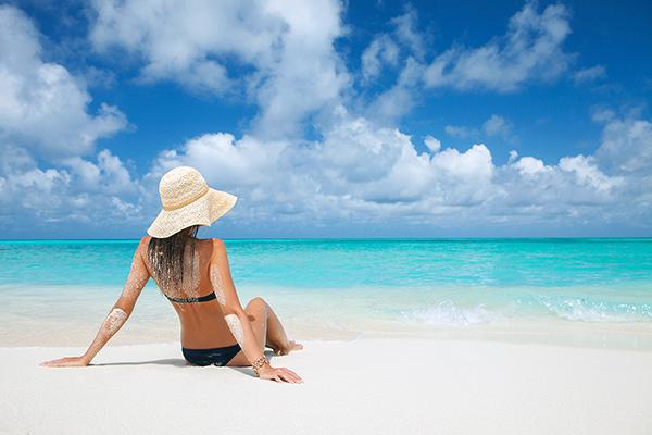 浜辺での日光浴